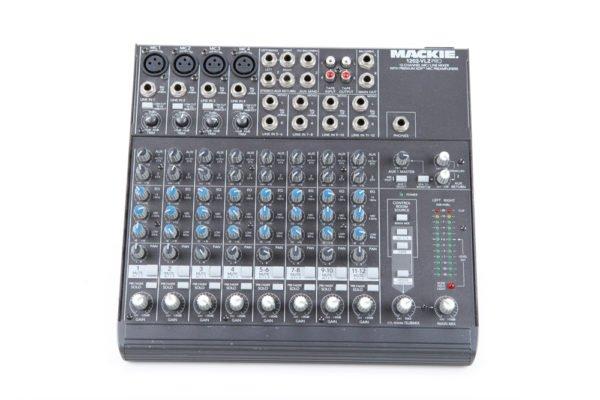 Mackie 1202 Mixer