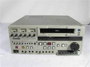 Panasonic AG-7750 VHS Deck